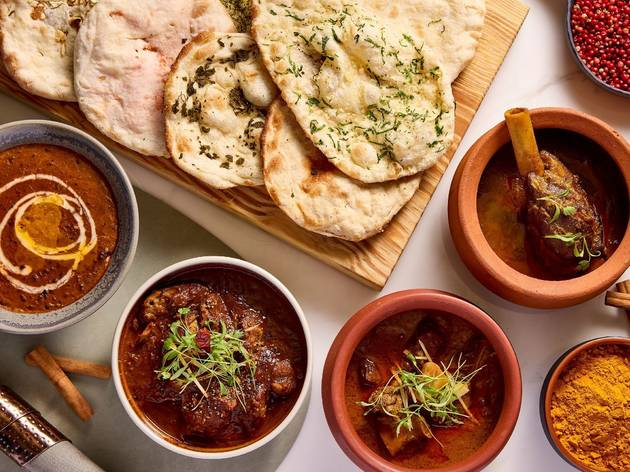 Bombay Dreams curries and naan