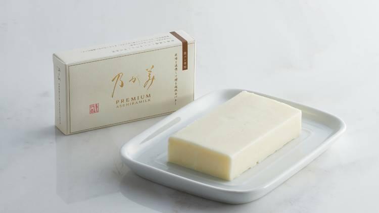 『超純白バター』