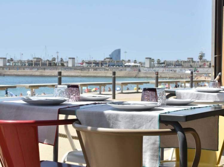 Paella con vistas al mar