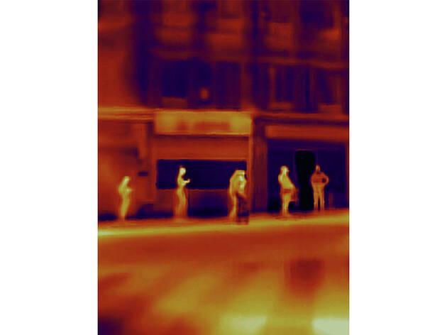 Fotografía de la serie infrarroja Virus realizada por Antonie d' Agata
