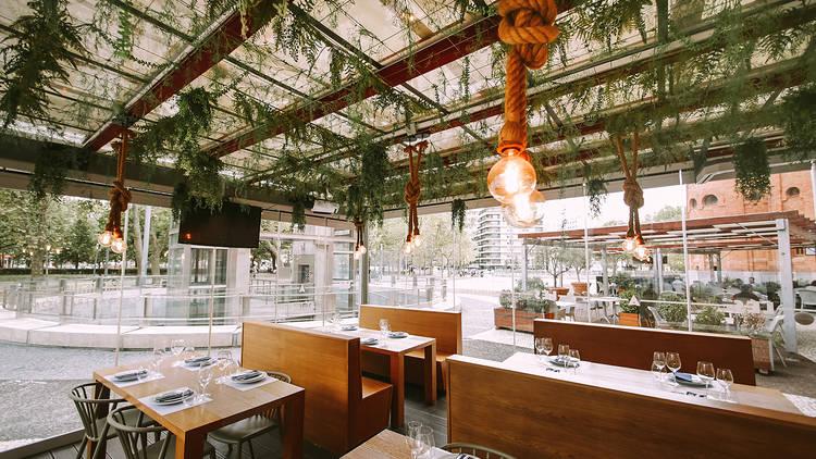 Restaurante, Cozinha Portuguesa, Lés-a-Lés