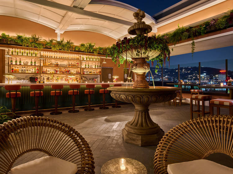 This Hollywood rooftop looks like it's sailed here from the French Riviera