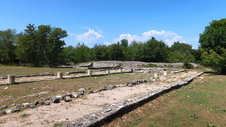 omisalj, krk, island, roman, ruins, fulfinum