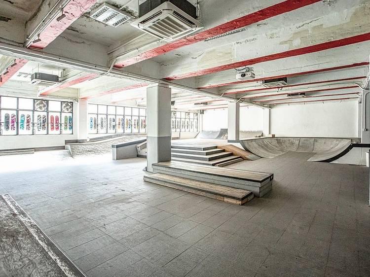 Sk85ive2 Indoor Skatepark
