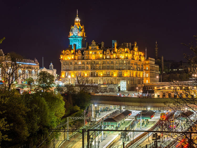 Alert: You can now catch a £15 train from London to Edinburgh