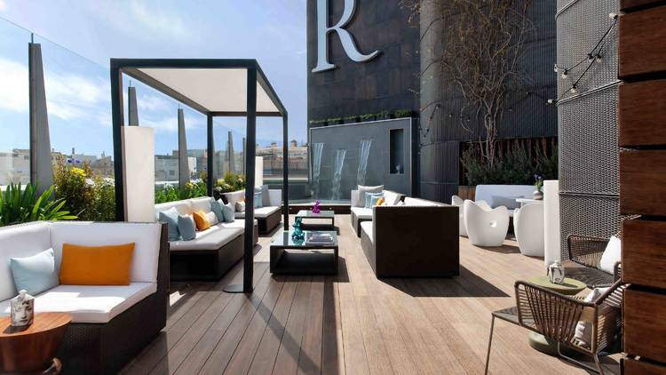 Goja Rooftop, Renaissance Barcelona Hotel