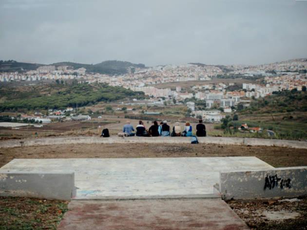 Caminhada pela Fronteira de Lisboa, Teatro do Silêncio, TBA
