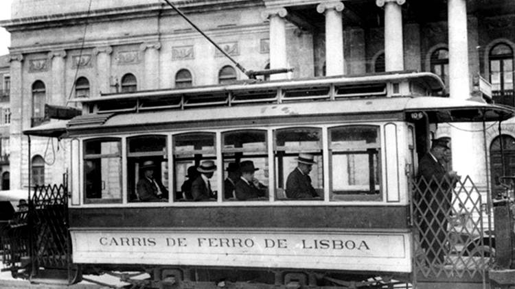 Lisboa Antiga, Eléctrico, Carris de Ferro de Lisboa
