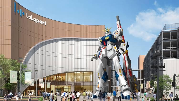 Gundam statue Fukuoka