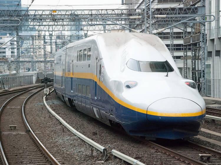 Japan's last double decker shinkansen to be retired on October 1