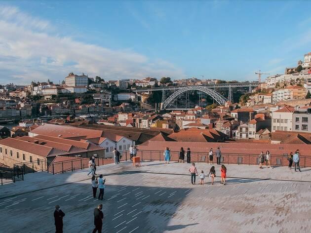 Praça do World of Wine (WOW)