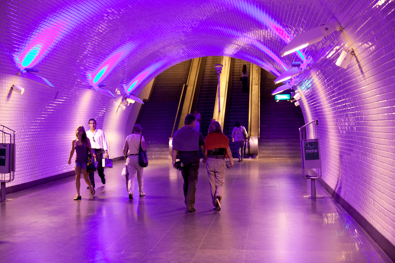 "Metro de Lisboa organiza visitas para mostrar as suas ""galerias de arte contemporânea"""