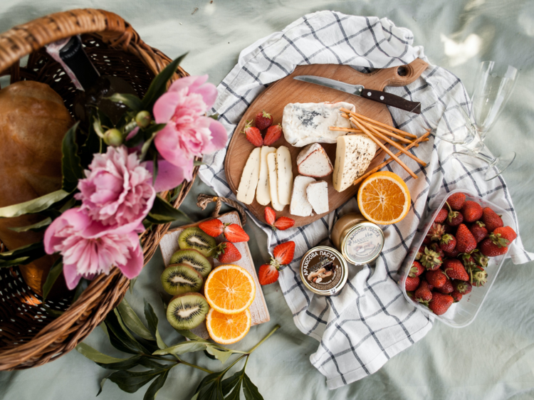 How to have the best picnic ever (even if you hate picnics)