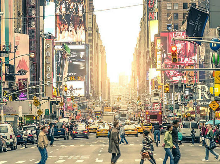 British Airways is selling £300 return flights to New York this Christmas