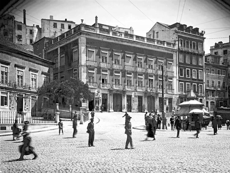 O Pátio das Antigas: O palácio que até foi vacaria