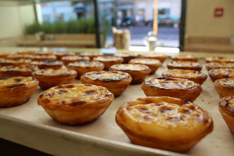 Em Alvalade, já saem fornadas de pastéis de nata da Manteigaria