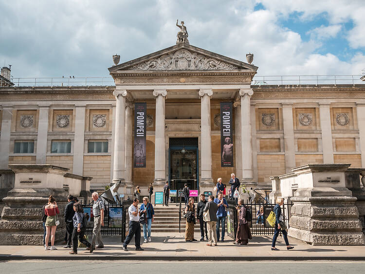 Tour the collections at the Ashmolean Museum