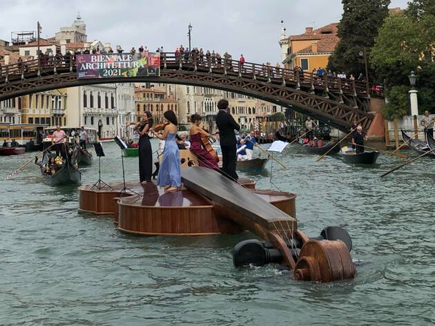 A massive floating violin just sailed through Venice's canals