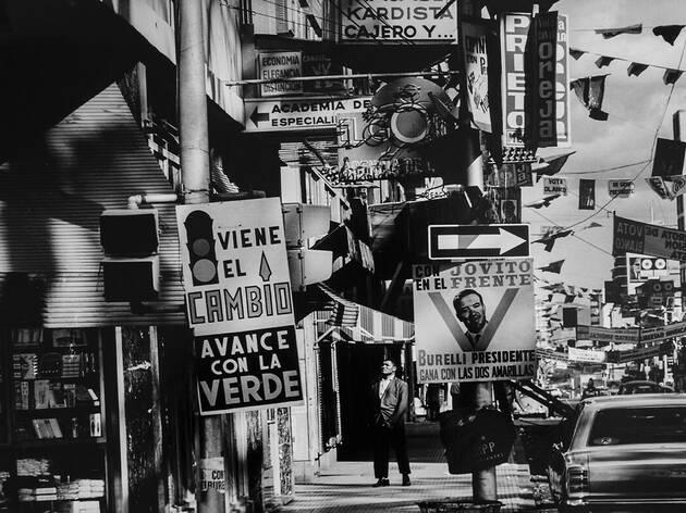 Paolo Gasparini, Campaña electoral, avenida Urdaneta, Caracas, 1968.