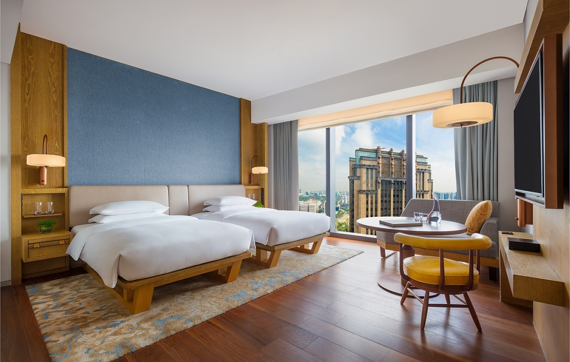 Get up to 70 percent off stays and meals with flash deals from Andaz Singapore and Grand Hyatt