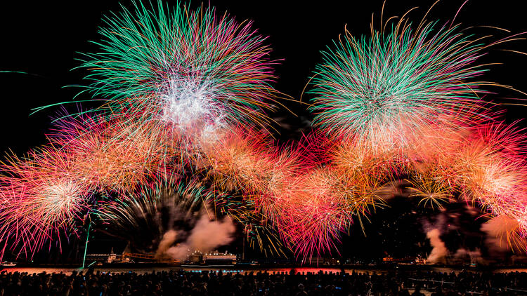 『SHIZUOKA・ATAMI HANABI FESTIVAL #海と⼲物と⾳楽と』