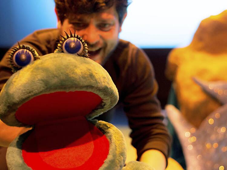 Una rana en la luna - teatro para bebés