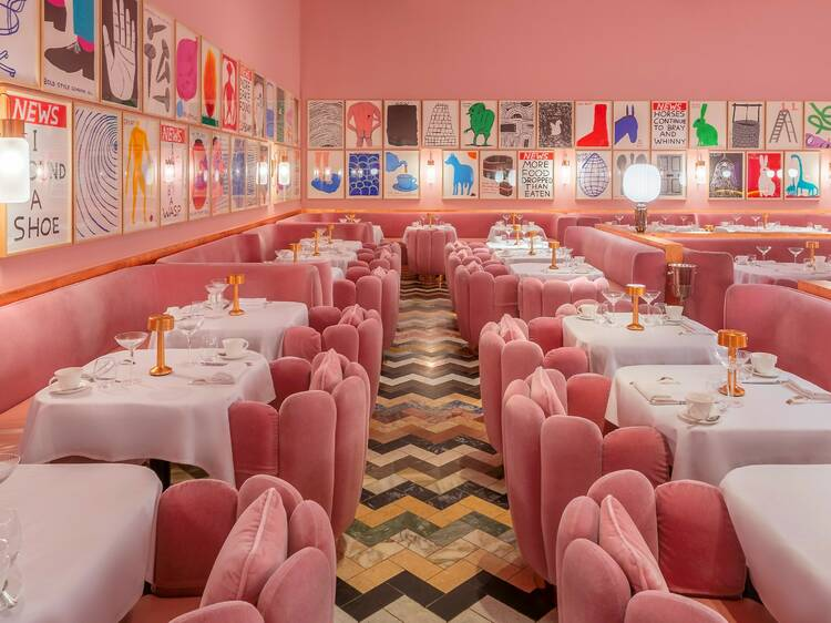 10 restaurants with epic art collections