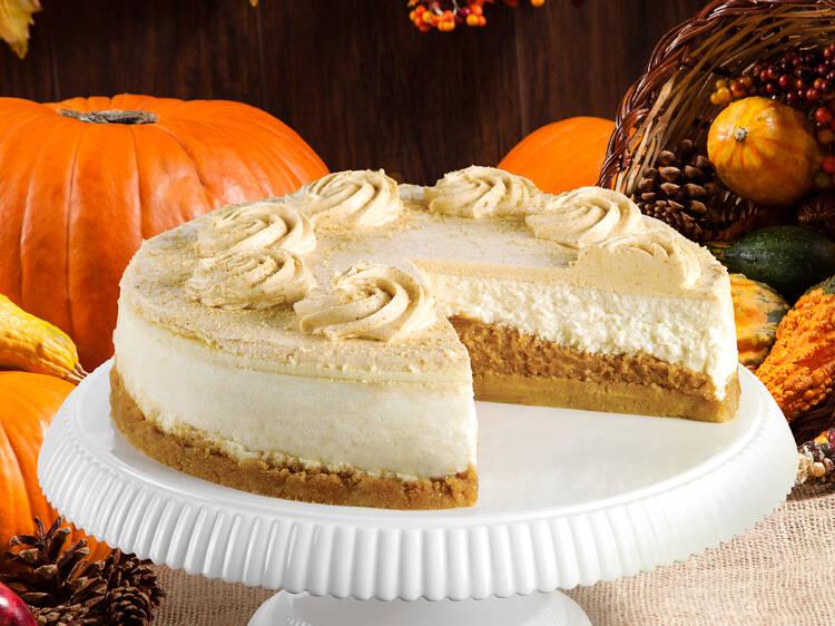 Pumpkin pie cheesecake at Junior's