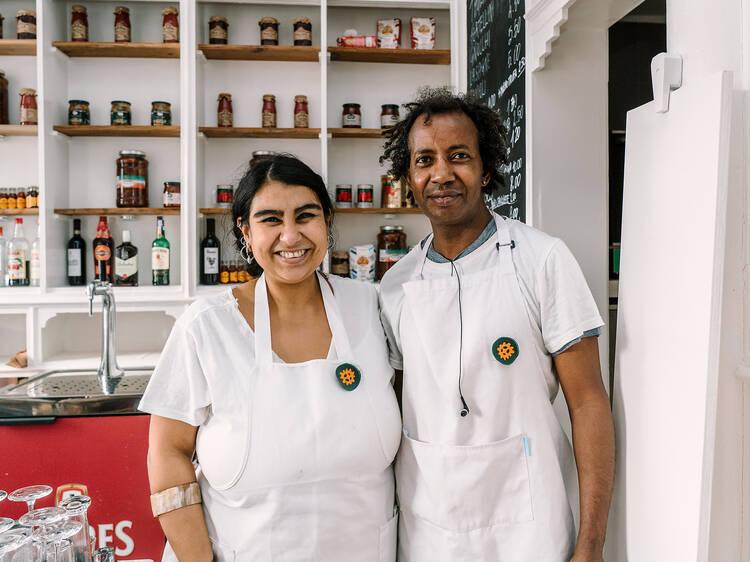 Catalina Pereira e Bubacar Bari, Caja