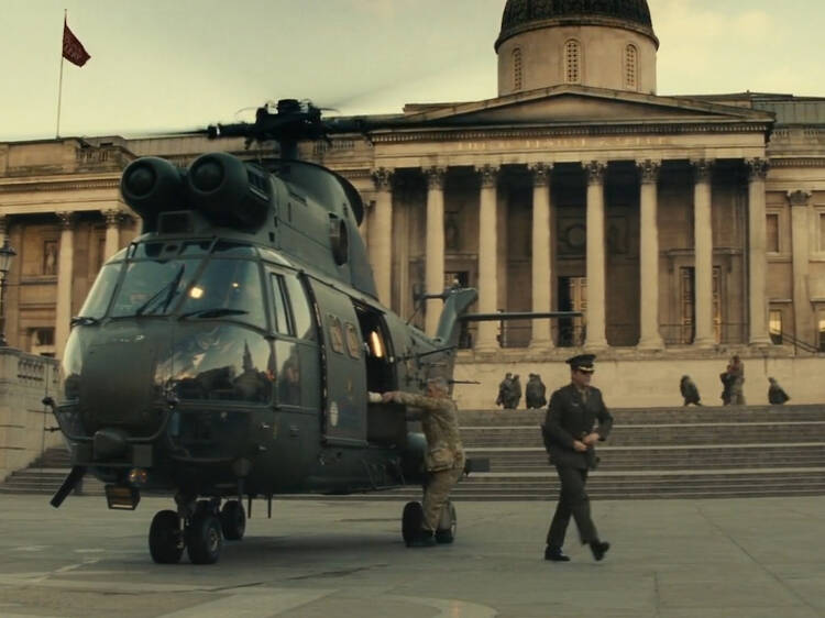 Just how did Tom Cruise land that chopper in Trafalgar Square?