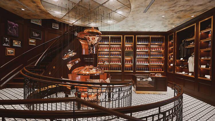 Get a first look at the stylish restaurant inside Manhattan's only bourbon distillery