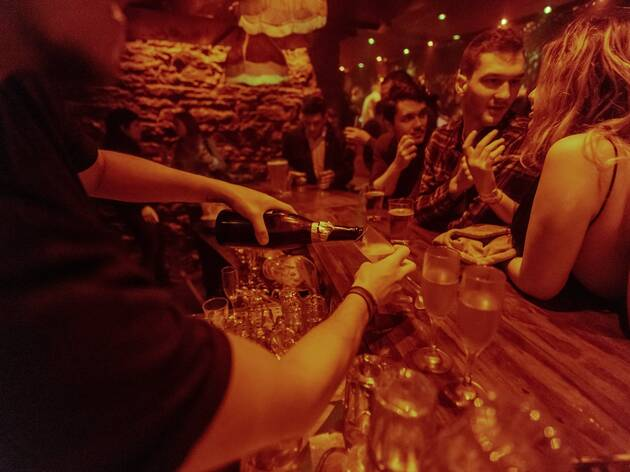Montreal bars can stay open until 3 a.m. again on November 1, with more people allowed inside