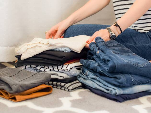 Este fim-de-semana pode cooperar num mercado de troca de roupas