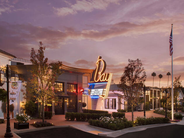 Netflix is taking over a movie theater in the Pacific Palisades—and yes, it'll show Netflix films