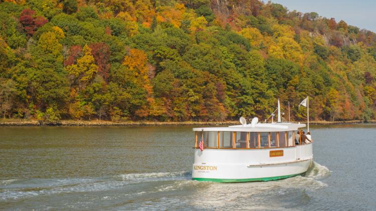 Kingston Fall foliage cruise Classic Harbor Line