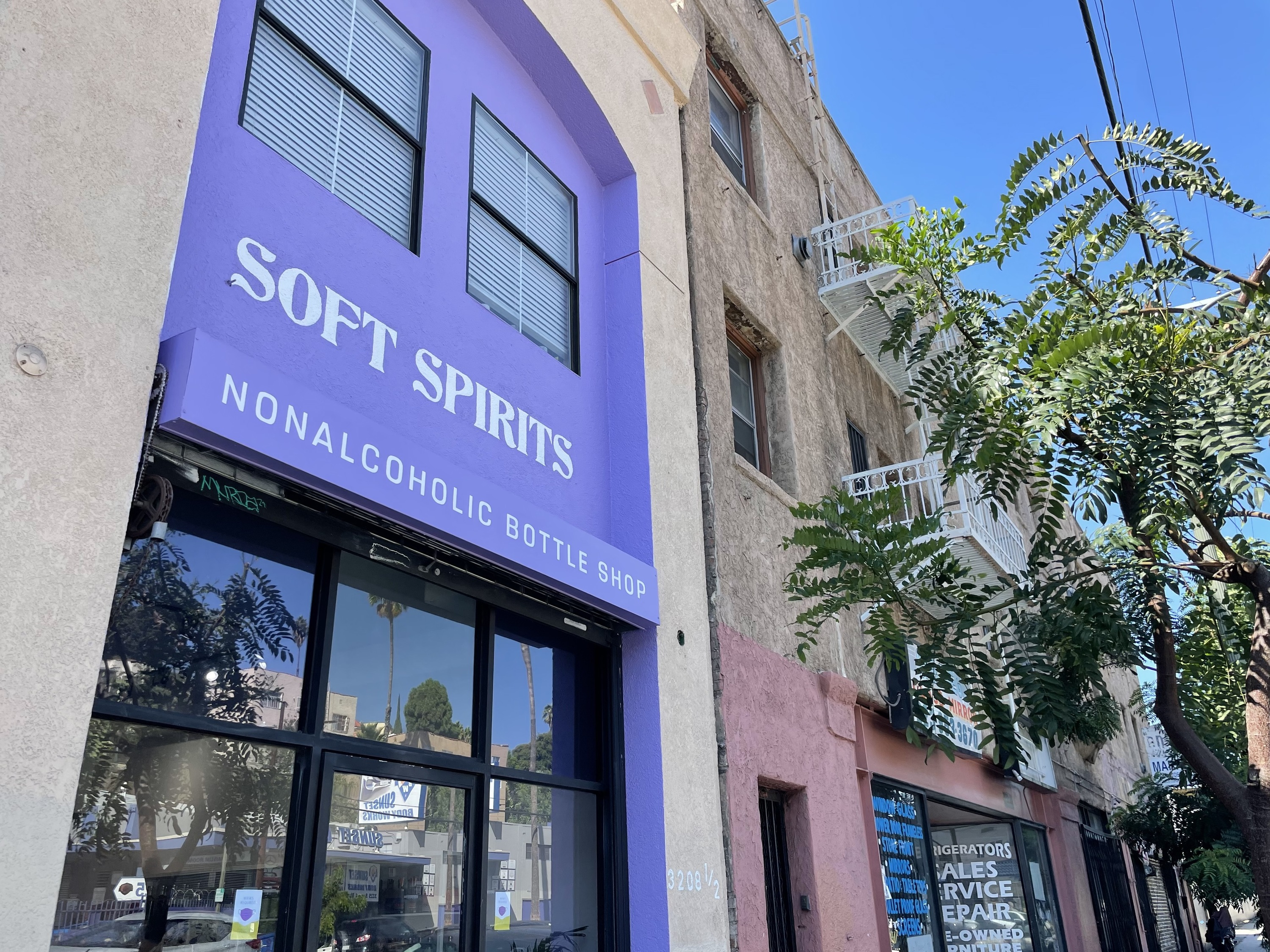 Soft Spirits, L.A.'s first non-alcoholic beverage shop, is here—with plenty of adaptogenic drinks in tow