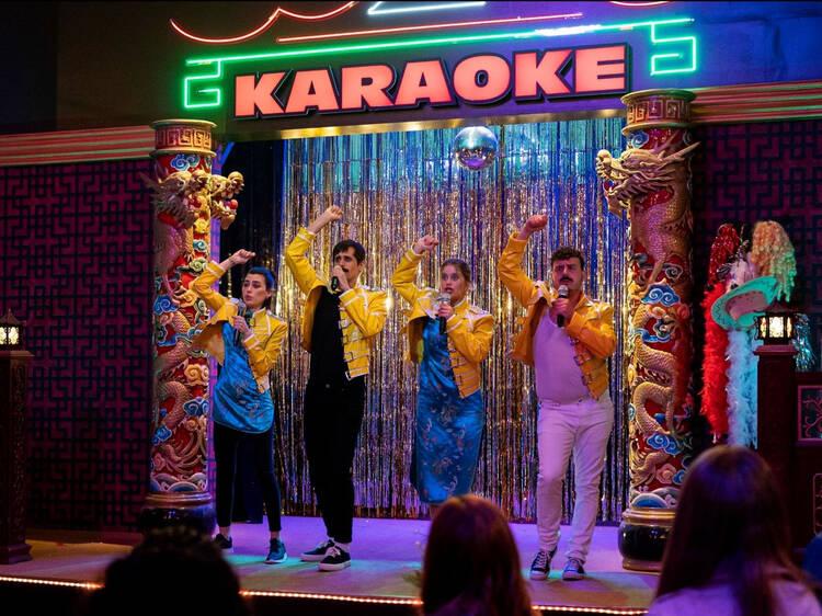 Les 36 millors cançons de karaoke per muntar una festa a casa