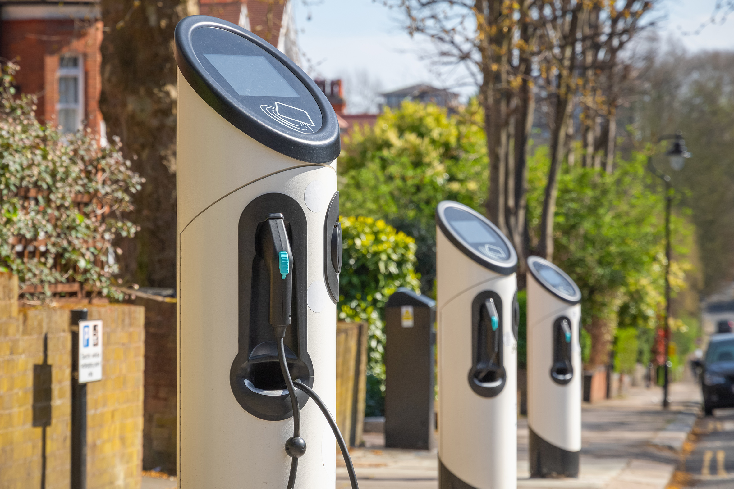 TfL says London needs 60,000 electric charge points by 2030