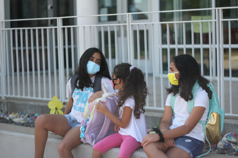 Adiós a las mascarillas en el recreo de los colegios