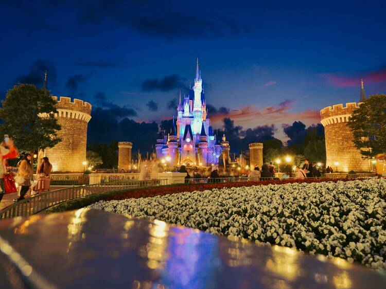Tokyo Disneyland is extending opening hours and bringing back the nighttime parade