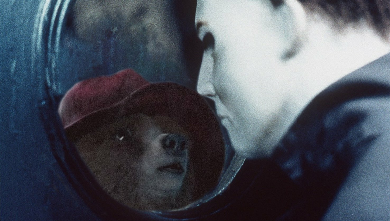 An internet hero is Photoshopping Paddington Bear into a different movie every day