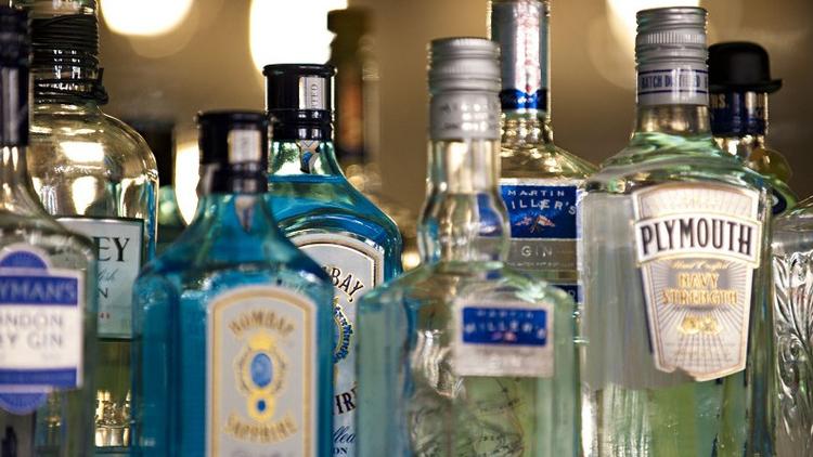 graphic bar gin