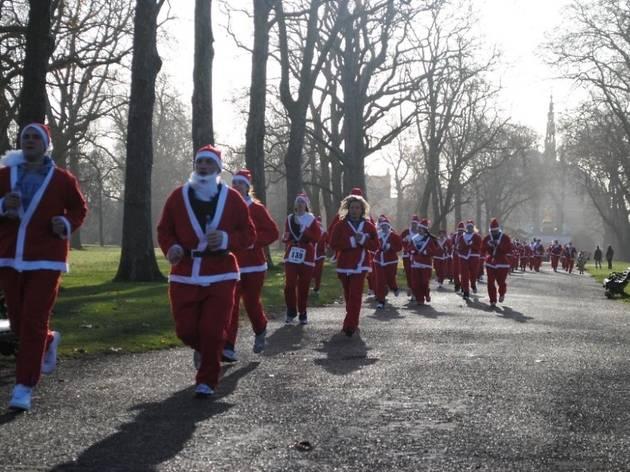 Santa Fun Run for Help the Hospices