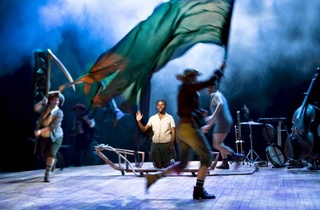 Theatre_ SwallowsAndAmazons_CREDITSimonAnnand_press2011.jpg