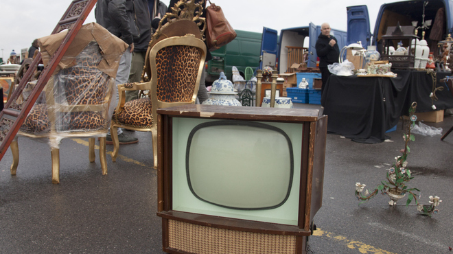 Discover antiques at Kempton