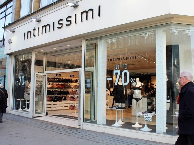 597156b1f5 Intimissimi | Shopping in Oxford Street, London