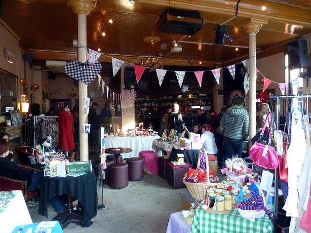 The Dandy Lion Market