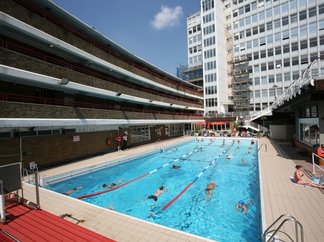 Lidos And Outdoor Swimming Pools In London Swimming In London In Summer 2017 Time Out Things