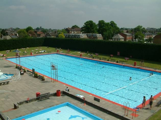 Lidos and outdoor swimming pools in london swimming in - Centennial swimming pool richmond hill ...