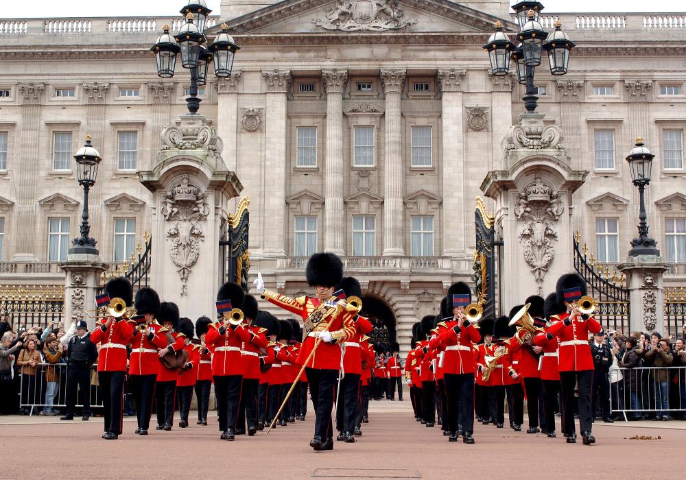 Explore royal London